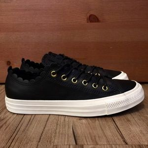 """🖤NEW🖤 """"FRILLY THRILLS"""" CONVERSE LOWS"""